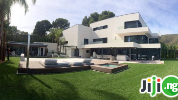 Messi home in Barcelona