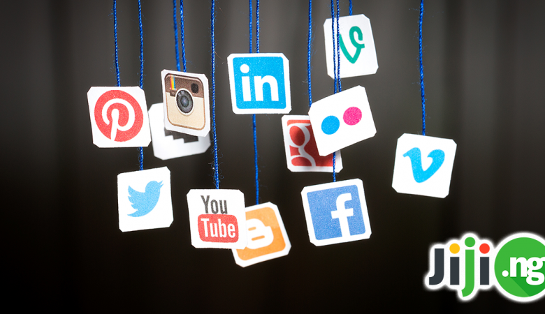 how to use social networks for career