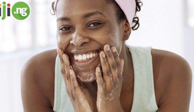 Mistakes when washing your face
